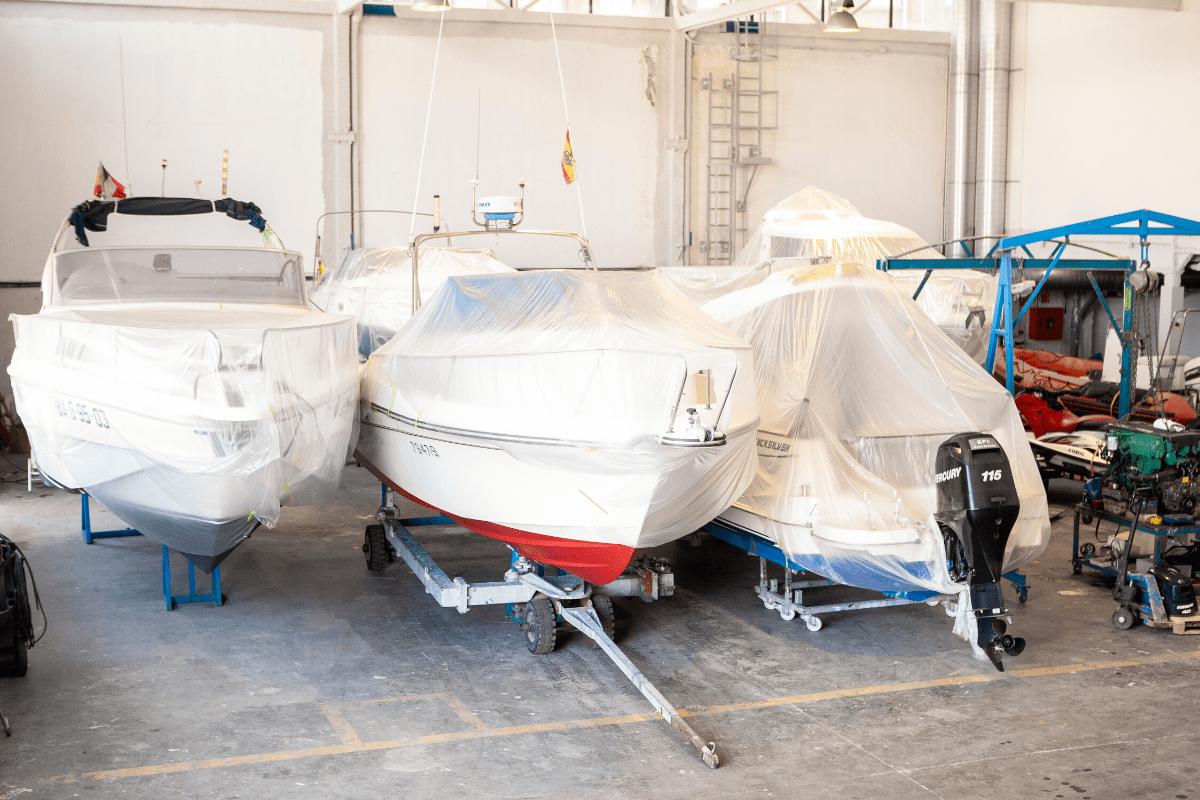 Barcos en invernaje en la Nave interior
