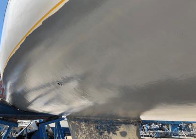 Reparación de casco de barco
