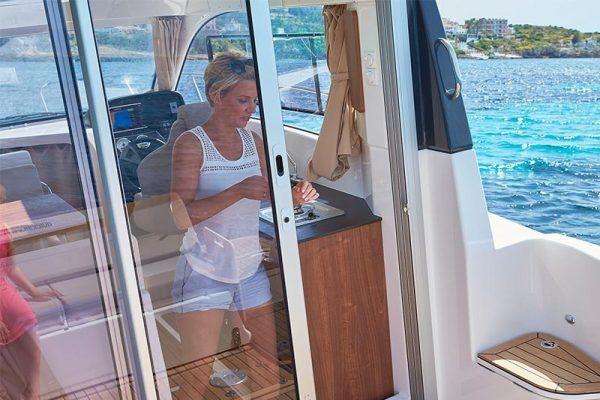 cabina de barco Quicksilver 755 weekend